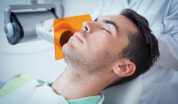Tooth Extractions: Dentist or Oral Surgeon?